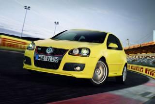 VW GOLF5 GTI Pirelli.jpg