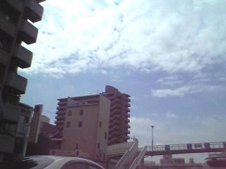 blue sky2006.7.JPG