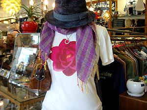 ハリウッドランチマーケット ピクチャーロータスS/S Tシャツ