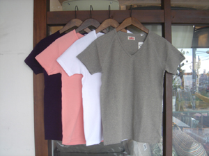 HOLLYWOOD RANCH MARKET スパンフライスVネック SS Tシャツ