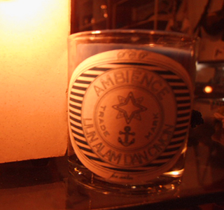 candle 1tu.jpg